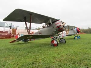 2 Nieuport 17's